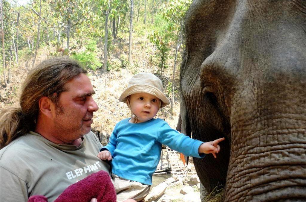 Unsere Sinah: Als Baby in der Elefantenwelt